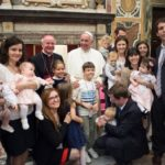Papa Francisco: desconcertante cancelar diferenças sexuais