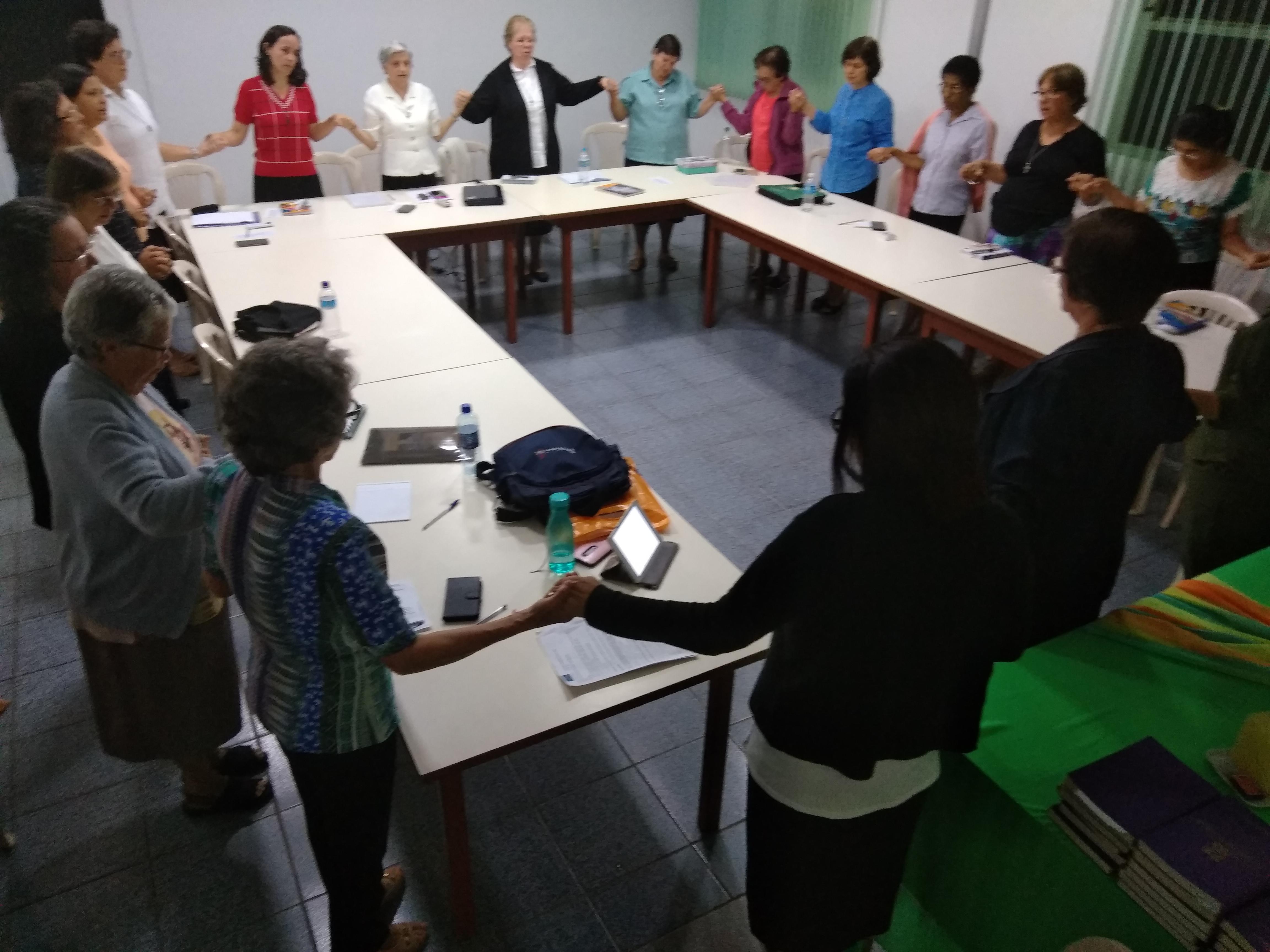Instituto Passionista de Educação em assembléia
