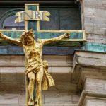 Autoridades da China ordenam retirada de cruzes em três dioceses católicas