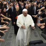 Sínodo dos Bispos. Francisco encontrará jovens e idosos