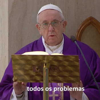 O Papa reza pelos que ajudam a resolver pobreza e fome causadas pelo Covid-19