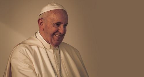 Papa deixa hospital e reza pelos doentes na Basílica de Santa Maria Maior